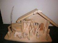 Dřevěný ručně vyřezávaný betlém - varianta 14b2