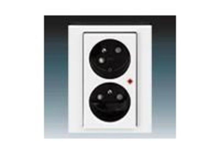 Zásuvka dvojnásobná přepěťová ochrana LEVIT bílá/kouřová černá 5593H-C02357 62