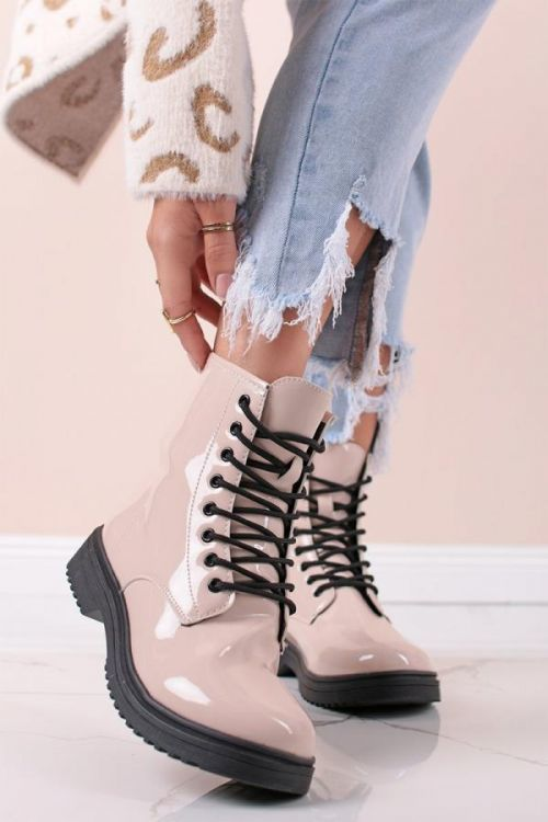 Béžové lakované šněrovací boty Nella